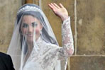 Britain's royal wedding: first glance of the bride