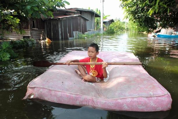 Photos + Captions = Easy Understanding | Bangkok Post ...