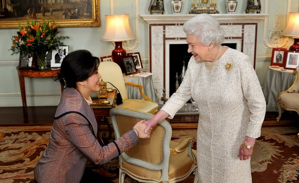 King To Meet Obama Uk Queen Meets Thai Pm Bangkok Post