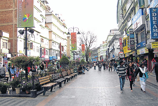 M G Marg The Heart Of Gangtok Is A Kilometre Long Stretch With Hotels And S Restaurants Bars On Both Sides