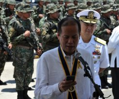 Philippines boosts military to resist 'bullies'