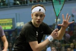 Willstrop escapes from British Open squash brink
