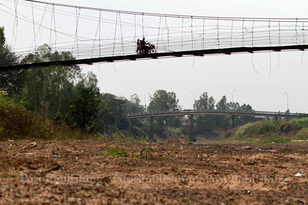 Parts of Yom River have dried out as Phichit province faces severe drought.
