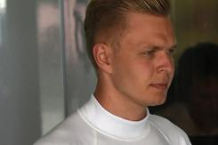 McLaren clear Magnussen of blame in Massa accident