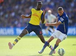 Arsenal boss Wenger jumps to mis-firing Sanogo's defence
