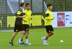Kagawa gives Dortmund boost ahead of Arsenal Champions League clash