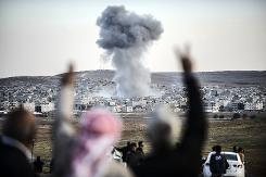 US-led strikes kill more than 500 militants in Syria