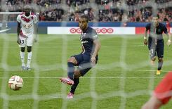 Classy PSG make Bordeaux pay penalty