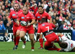 Toulon and Toulouse give French away day cheer