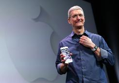Apple chief Tim Cook puts focus on gay rights