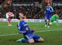 Chelsea sink Stoke, clear at top