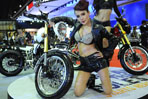 Sexy cars, twin-headlight models at Motor Show 2015