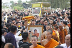 Tens of thousands pay respect to Luang Phor Khoon