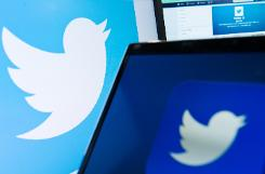 War against IS group spreads to Twitter