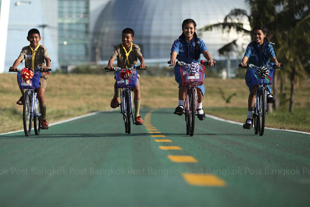 Airport bike lanes mooted in Chiang Rai, Phuket