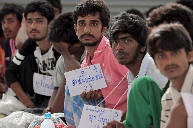 117 migrants questioned as crackdown deadline nears