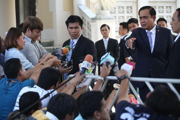 Тайские медиа научат не расстраивать правительство своими вопросами