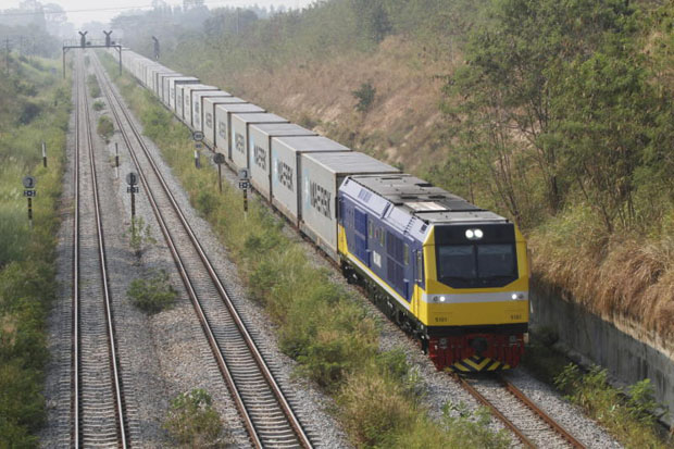 Thailand rejects China's plan for 250 km/h railway