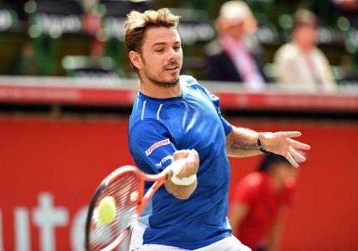 Hard-hitting Wawrinka bounces Czech at Japan Open