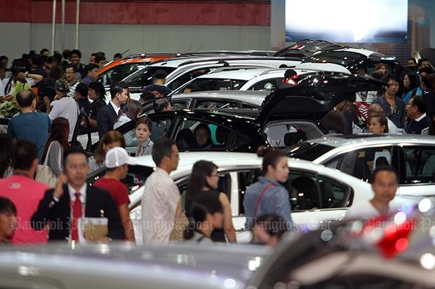 Looming tax charge spurs first growth in auto sales since 2012