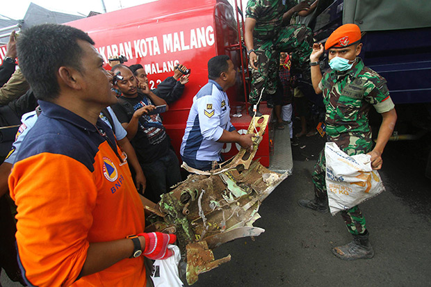 3 die when Indonesia air force plane crashes into house