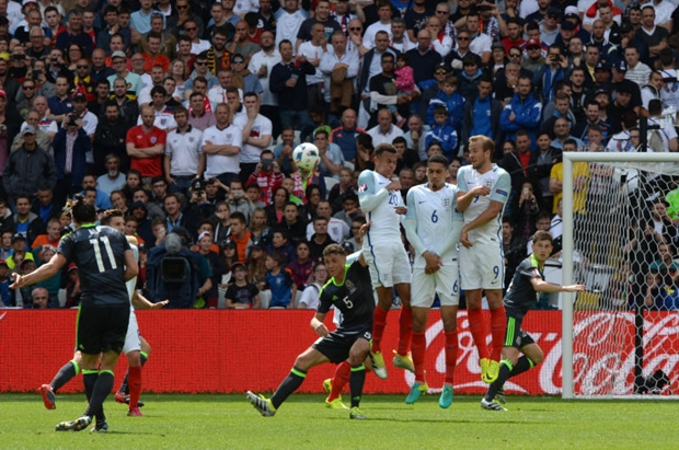 Last minute sturridge goal sees england over wales for 121 141 westbourne terrace london