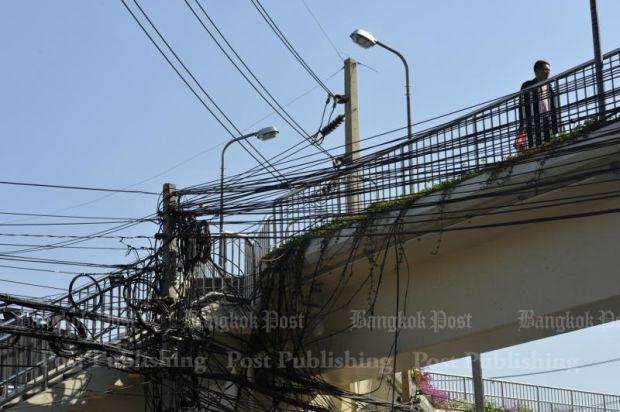 Tangled overhead wires of Bangkok: Bill Gates concerned | Bangkok ...