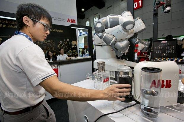Technology 'imperils 12 million jobs' | Bangkok Post: news