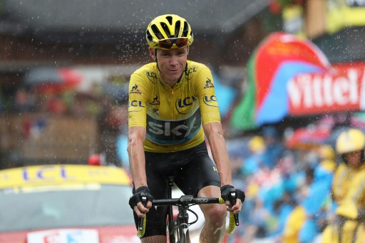Froome on brink of 3rd Tour title as Izaguirre wins stage