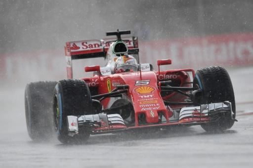 Vettel blames 'sleeping' Button for last-lap block at GP