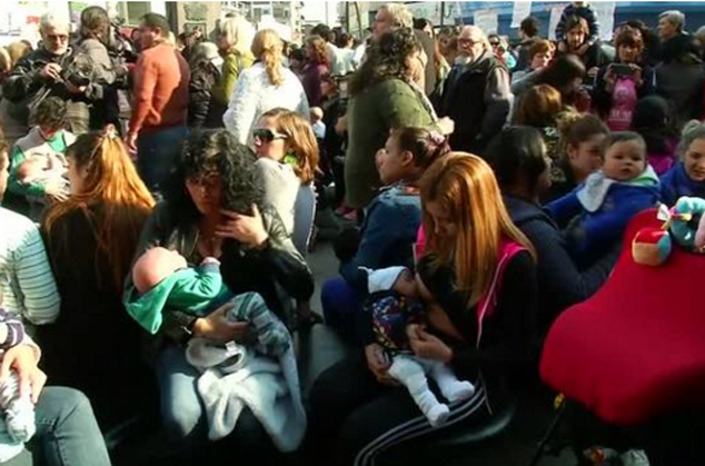 Breast-feeding protest in Argentina