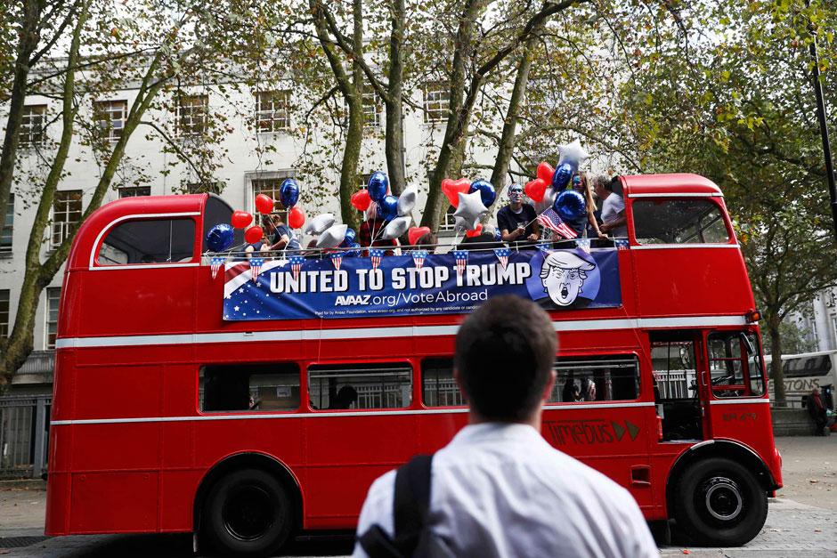 'Stop Trump' bus tours London