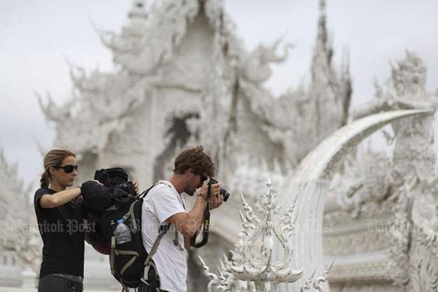 'White Temple' to charge foreigners an entry fee