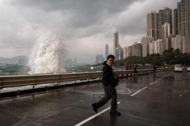 Typhoon Haima lashes China; death toll up in Philippines