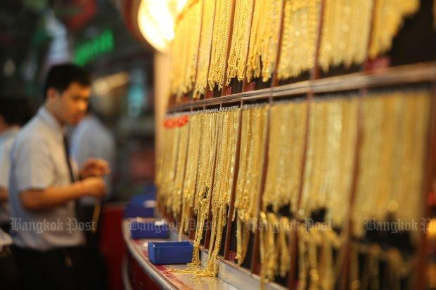Strong dollar keeps gold prices steady | Bangkok Post: business