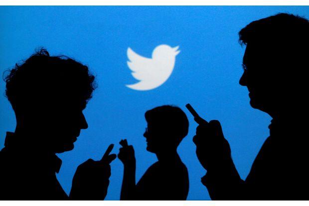 Twitter beats revenue estimates, cuts 9% of jobs