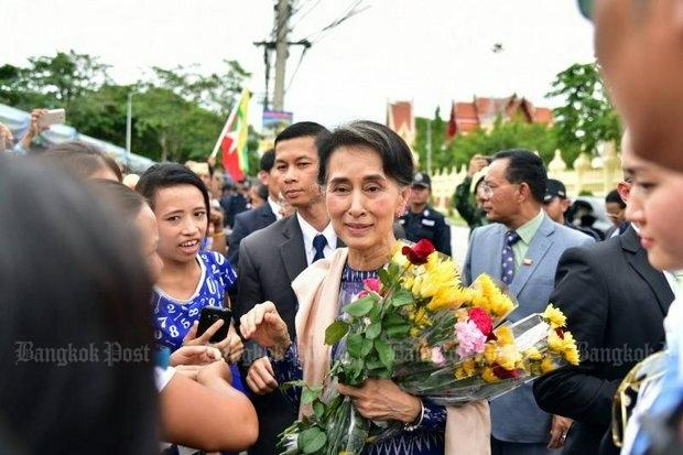 Suu Kyi says Myanmar dealing with Rakhine under rule of law