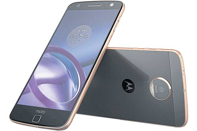 Moto Z: First successful modular smartphone?