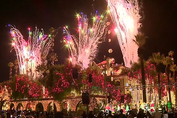 Holiday festival lights up in Southern California