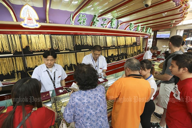 Gold prices up B100 to B19,900