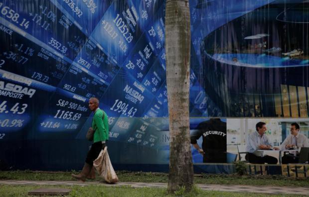SE Asia stocks lacklustre as markets await Trump speech   Bangkok Post: news