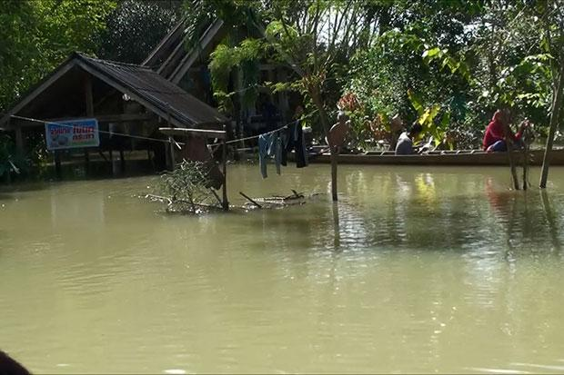 Parts of Nakhon Si, Surat Thani still flooded | Bangkok Post: news