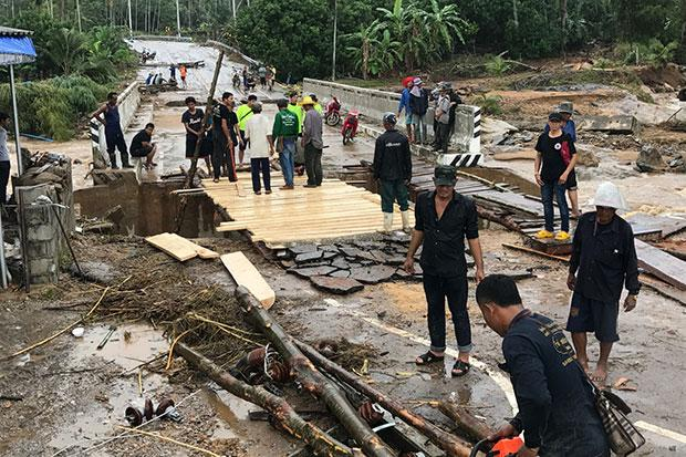 36 dead, one missing in floods, many homeless | Bangkok Post: news