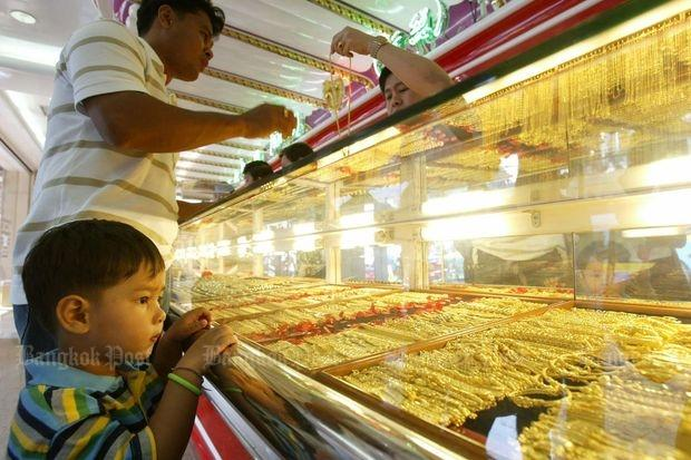 Gold prices steady, outlook bright