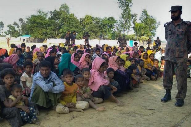 Malaysian PM Urges Muslim World to Help Oppressed Rohingya