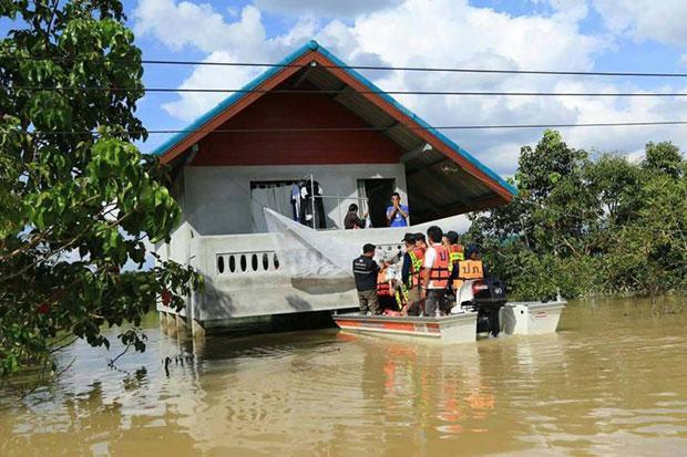Tax break for flood-hit house, vehicle repairs   Bangkok Post: news