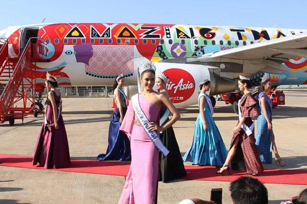 Thai AirAsia unveils silk-pattern aircraft livery