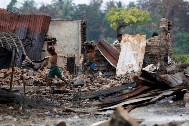 Myanmar 'covers up' Rohingya murders