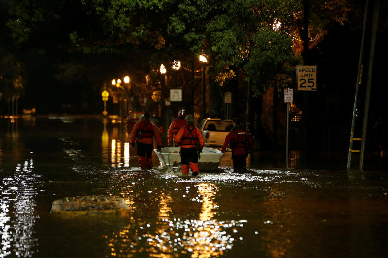 Flooding forces hundreds from homes in San Jose