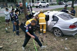 Three killed as BMW plunges into ditch